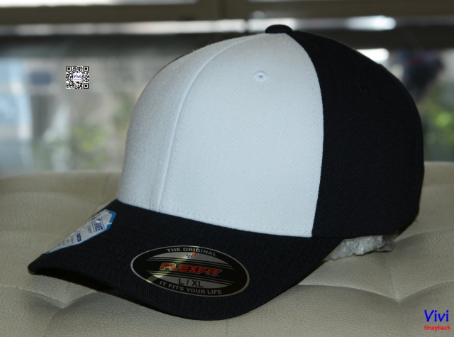 The Pro_ Formance  Flexfit 2 Tone Cap