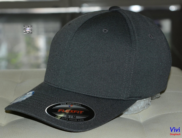 The Flexfit Cool and Dry Pique Mesh Gray Cap
