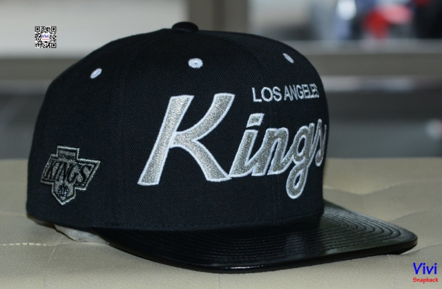 Mitchell & Ness Los Angeles Kings Patent Leather Snapback