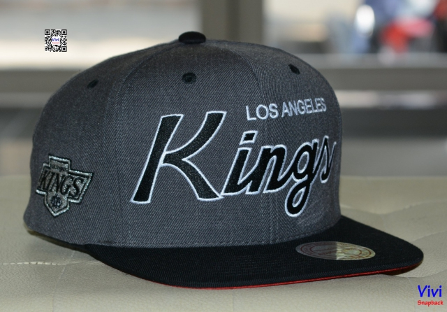 Mitchell and Ness Los Angeles Kings Script Snapback