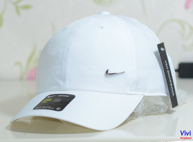Nike Metal Swoosh Heritage 86 Cap White