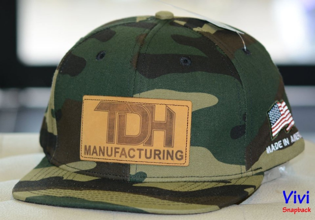 Snapback bít đuôi Camo with Leather Patch Fitted