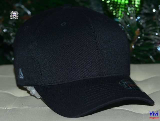 Full Black Flexfit Cap