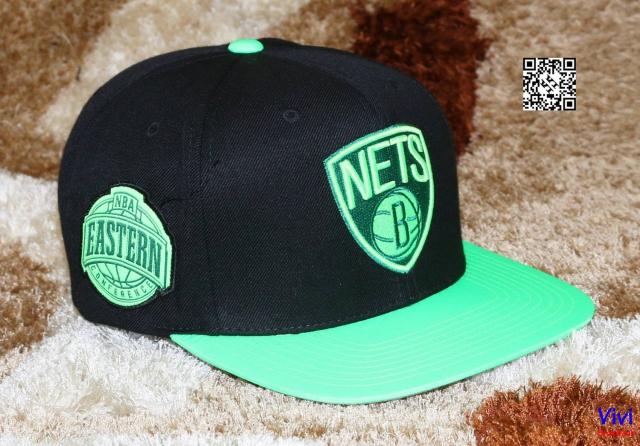 Mitchell & Ness Nets Snapback Neon
