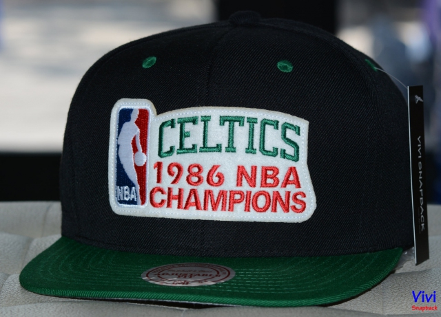 Mitchell & Ness Boston Celtics 1986 NBA Champions Snapback
