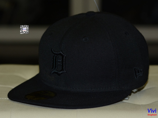 Snapback B New Era Fitted Full Black