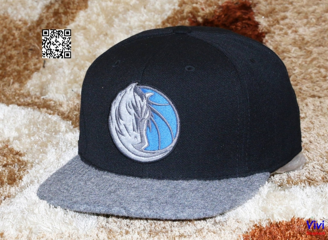 Mitchell & Ness Dallas Fitted Snapback