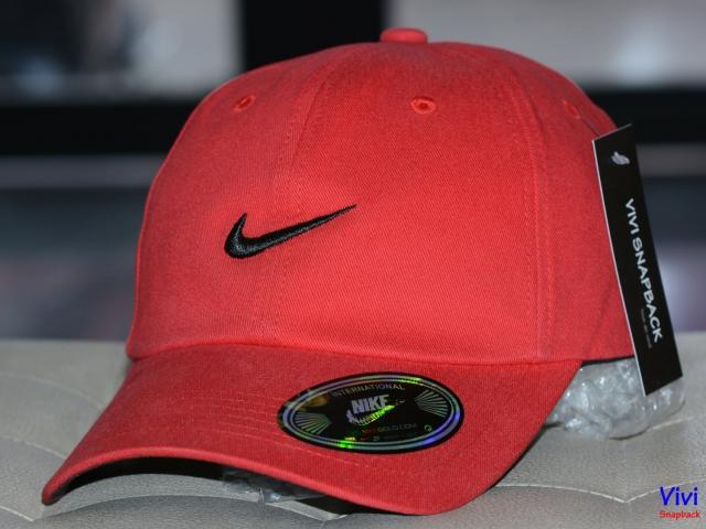 Nón Nike Kaki Red Cap