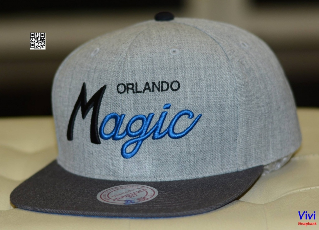 Mitchell & Ness Magic Snapback