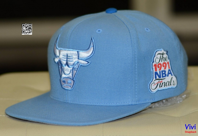 Mitchell & Ness Chicago Bulls Snapback Blue
