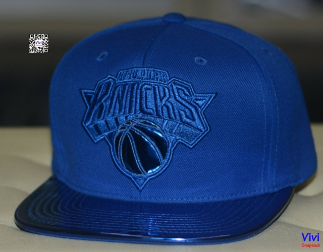 Mitchell & Ness Knicks NBA Metallic Foil Snapback
