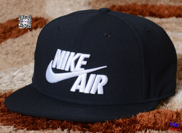 Nike Sportswear Air True Snapback In Black