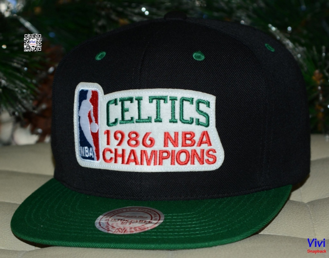 Mitchell & Ness Boston Celtics 1986 NBA Champions Snapback