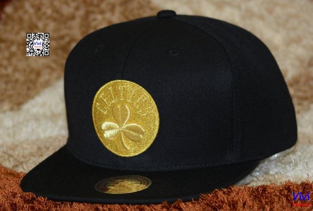 Mitchell & Ness Boston Celtics NBA All Gold Logo Snapback