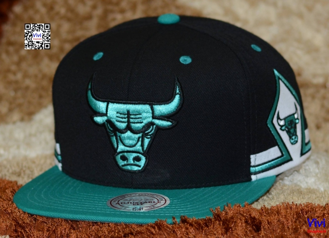 Mitchell and Ness Chicago Bulls NBA Game Day Snapback