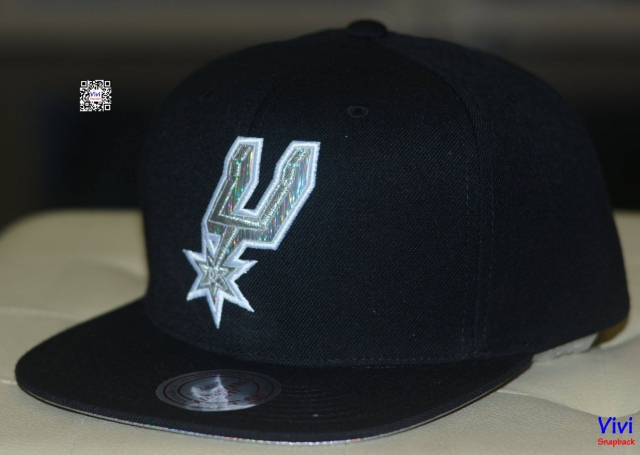 Mitchell & Ness Spurs Special Snapback