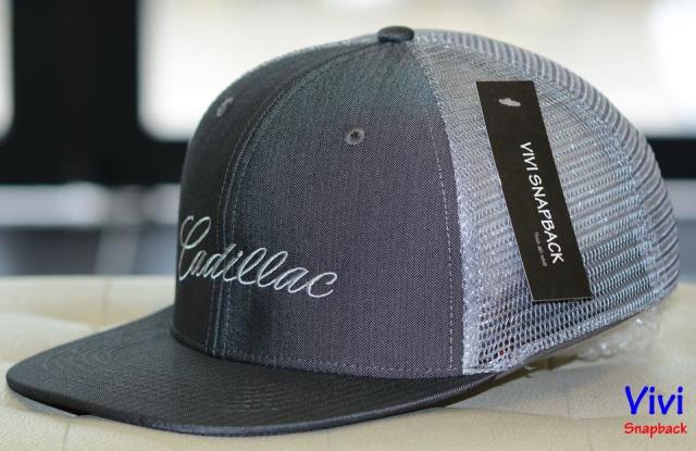 Snapback lưới Cadillac