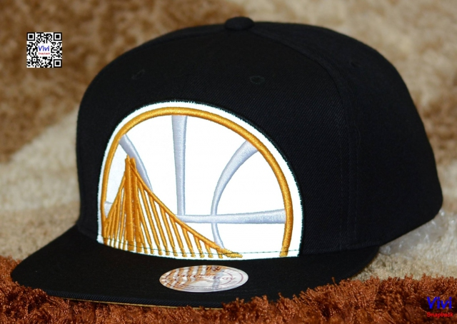 bc3c17122f8f5 ... netherlands mitchell ness golden state warriors nba reflective cropped  xl logo snapback 316d1 29e77