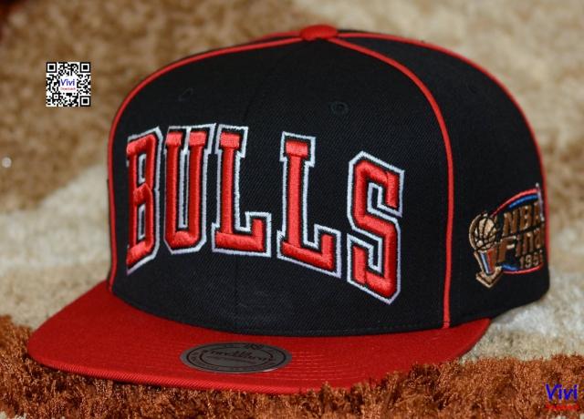 Mitchell & Ness Bulls NBA Finals 1996 Snapback
