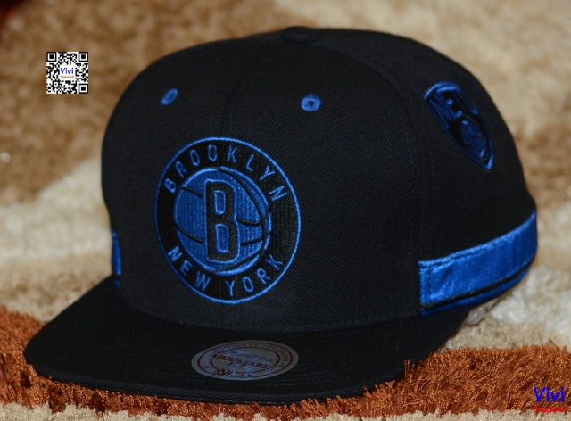 Mitchell & Ness Brooklyn Nets NBA Standard Logo Game Day Snapback B