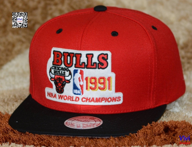 Mitchell & Ness Bulls Championship Collection 1991 Snapback