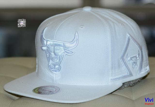 Mitchell & Ness Chicago Bulls NBA Game Day Snapback White