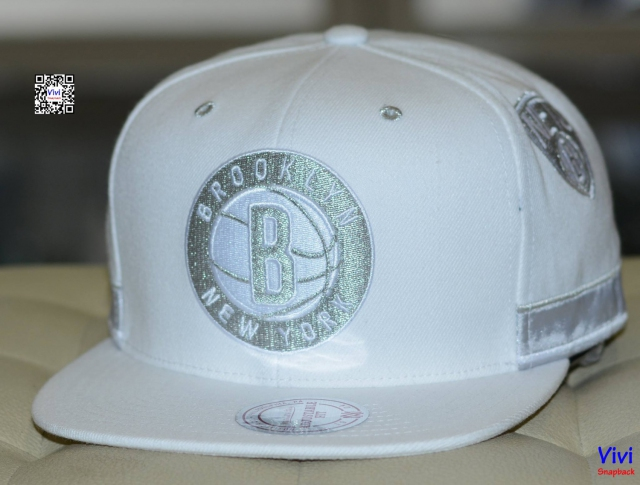 Mitchell & Ness Brooklyn Nets NBA Standard Logo Game Day Snapback W