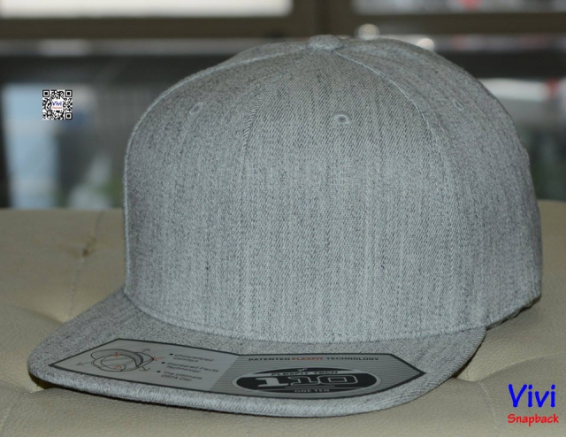 The Premium 110 Flexfit Grey Snapback