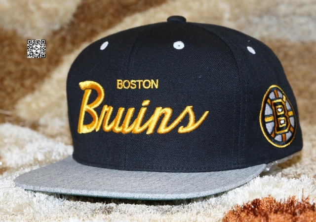 Mitchell & Ness Boston Snapback