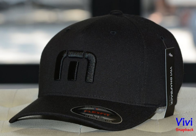 Nón Travis Mathew Van Dyke Fitted Cap Black