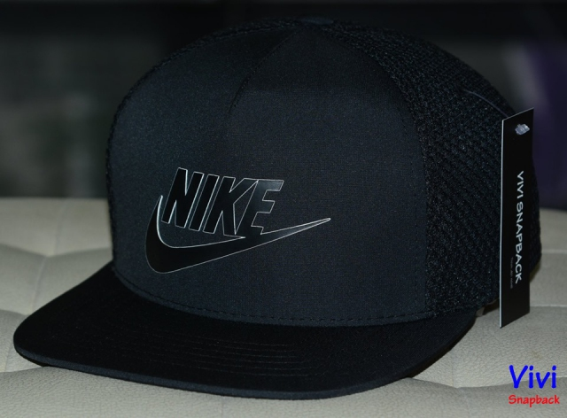 Nike Logo 5 Panel  Trucker Snapback Black