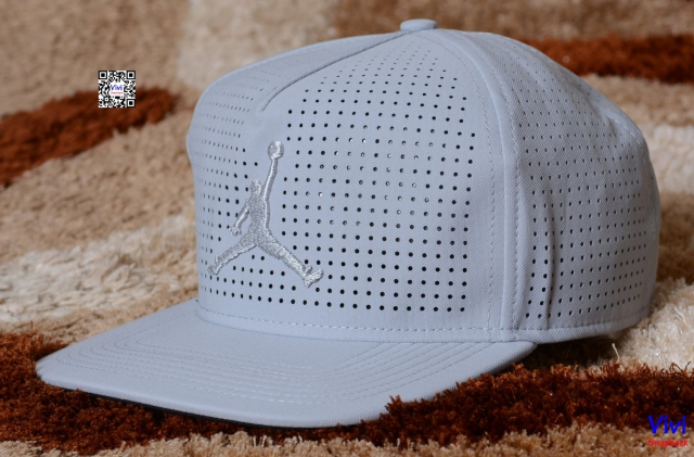 Jordan Jumpman Perforated Snapback Grey