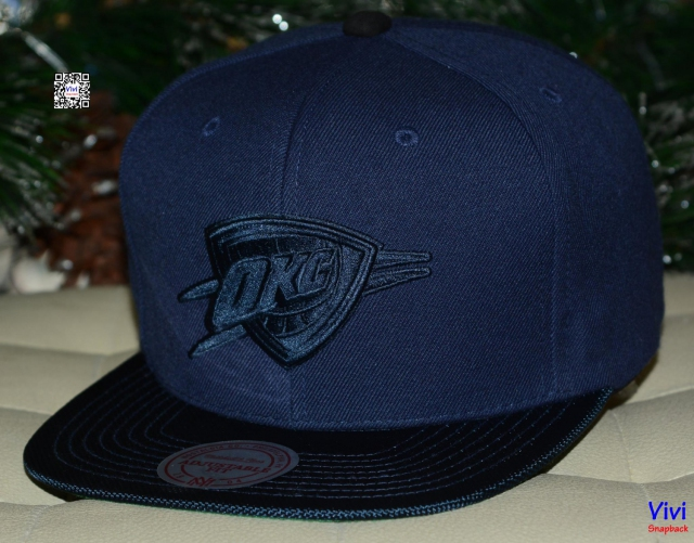 Mitchell & Ness Oklahoma City Thunder Snapback Navy