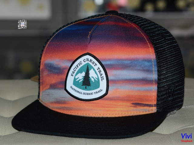 PACIFIC CREST TRAIL ASSOCIATION  BLACK SKYLINE Trucker Snapback
