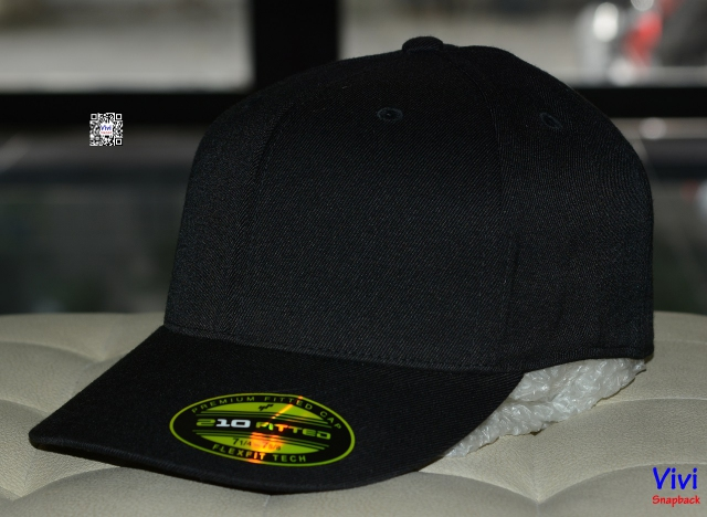 The Premium 210 Flexfit Fitted Full Black Cap