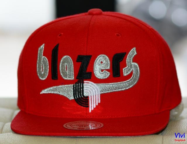 Mitchell & Ness Portland Trail Blazers Team Logo Snapback