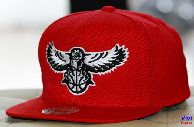Mitchell & Ness Atlanta Hawks NBA Team BW Snapback