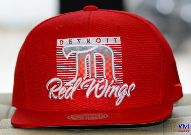 Mitchell & Ness Detroit Red Wings Easy 3 Digital Snapback Red
