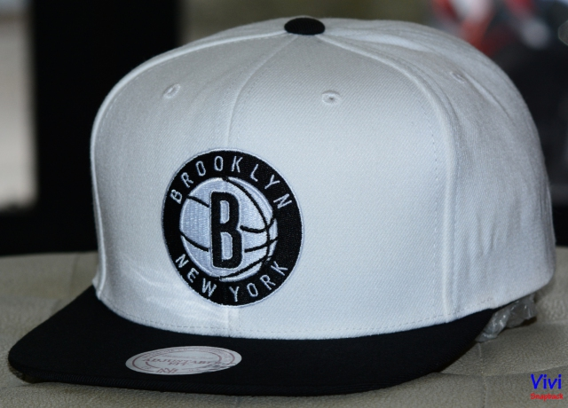 Mitchell & Ness Brooklyn New York Undertime Team Logo Snapback 2Tone