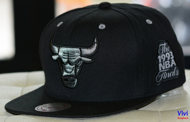 Mitchell & Ness Chicago Bulls The 1993 NBA Finals Snapback Black