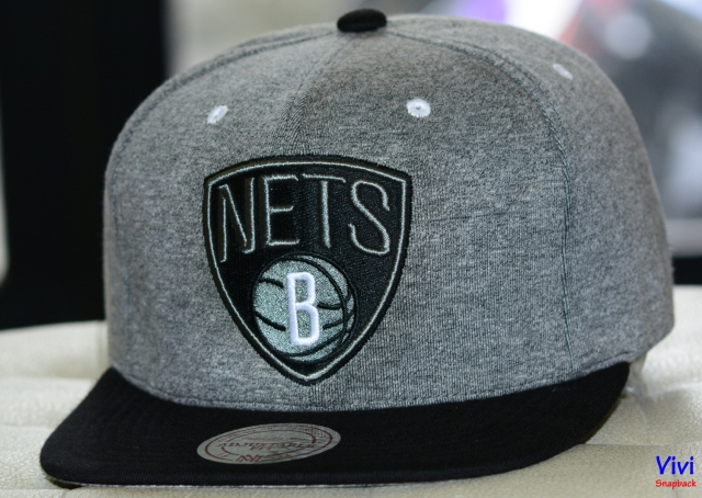 Mitchell & Ness Brooklyn Nets Broad Street 2.0 Snapback Grey/Black