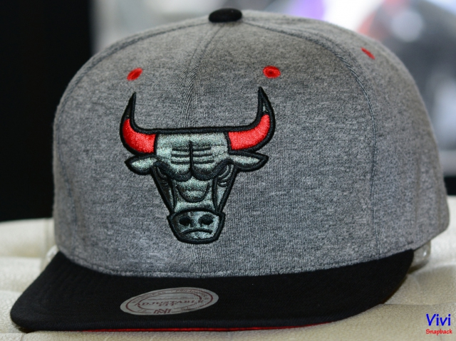 Mitchell & Ness Chicago Bulls Broad Street 2.0 Snapback Grey/Black