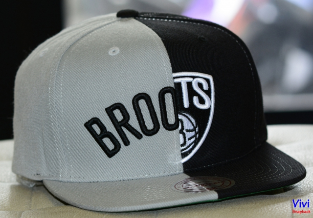 Mitchell & Ness Brooklyn Nets Split 2Tone Snapback Gray/Black